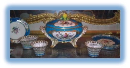 12 King & Queen's Serving Dishes Palace of Versailles